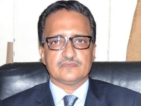 إسلك ولد أحمد إزيدبيه وزير الخارجية الموريتاني