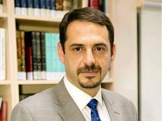 الدكتور نزار الحرباوي المستشار الإعلامي وممثل المجلس العربي للعلاقات العامة في تركيا